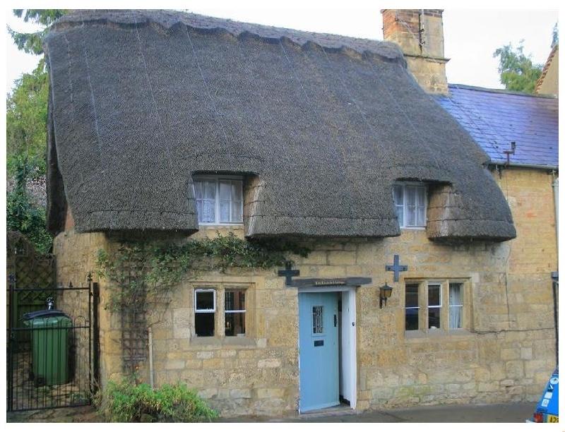 Short Break Holidays - Thatched Cottage