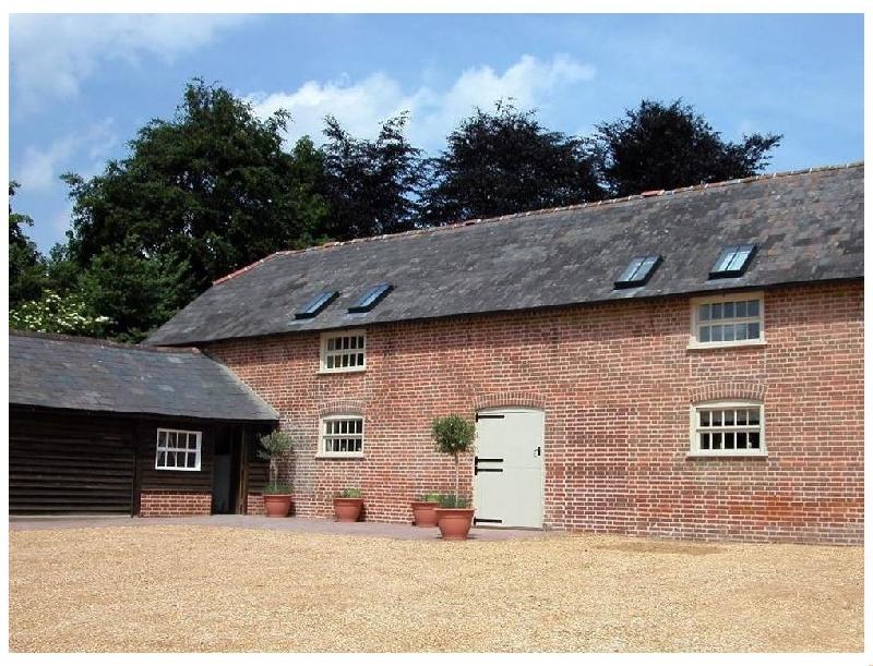 Short Break Holidays - Stable Cottage- Rockbourne