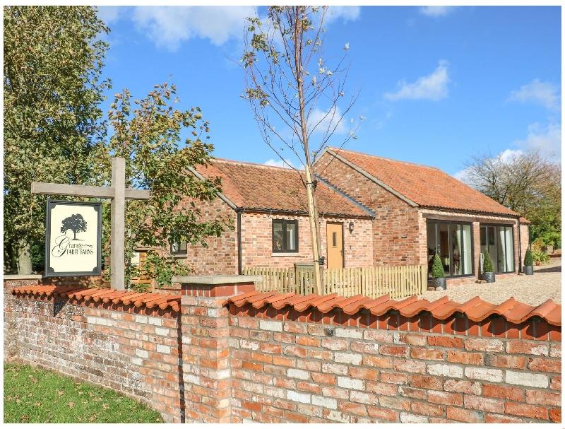 Short Break Holidays - The Cottage at Grange Farm Barns