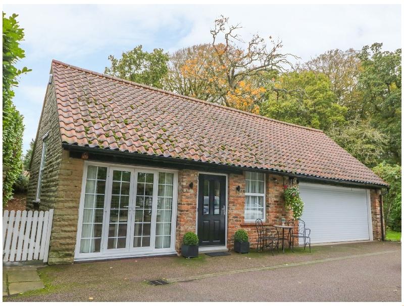 Short Break Holidays - Silvadale Cottage