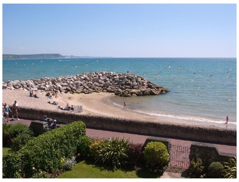 Short Break Holidays - Weymouth Bay Apartment B
