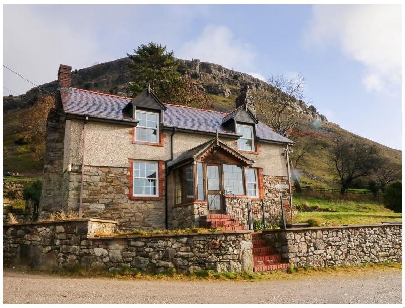 Short Break Holidays - The Panorama Farmhouse