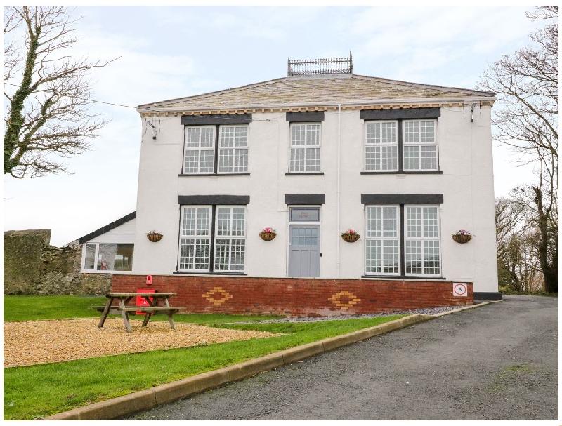 Short Break Holidays - House of Anglesey