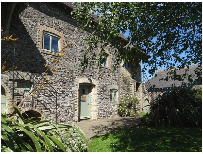Short Break Holidays - St Aubyn Cottage