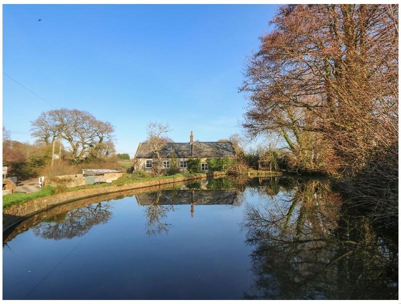 Short Break Holidays - Lower Calbourne Mill