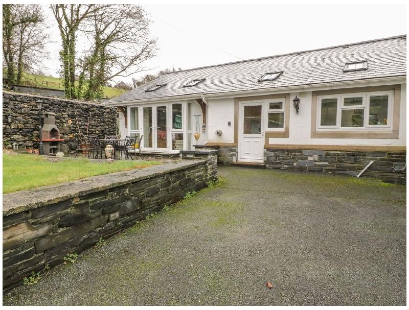 Short Break Holidays - Pengwern Farm Cottage