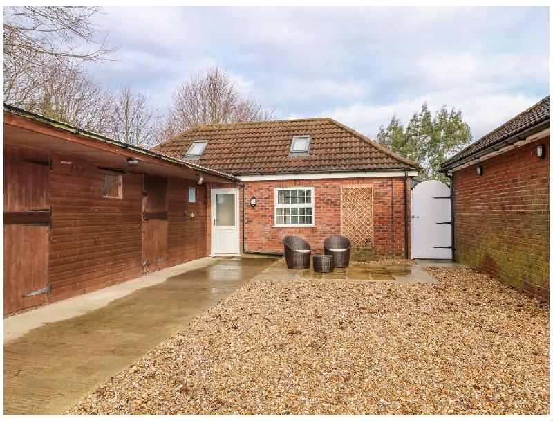 Short Break Holidays - Stable End Cottage