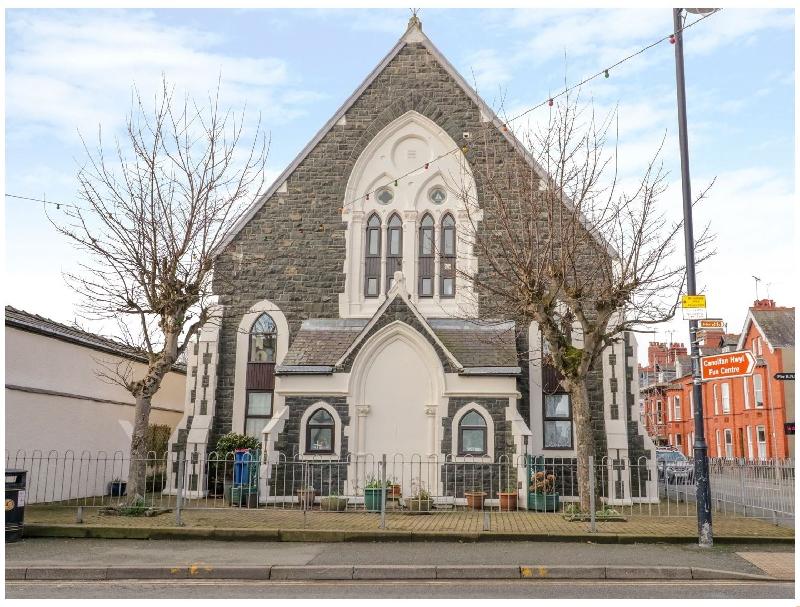 Short Break Holidays - No 2 Presbyterian Church
