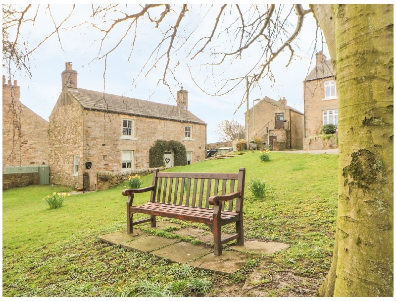 Short Break Holidays - The Hill Cottage