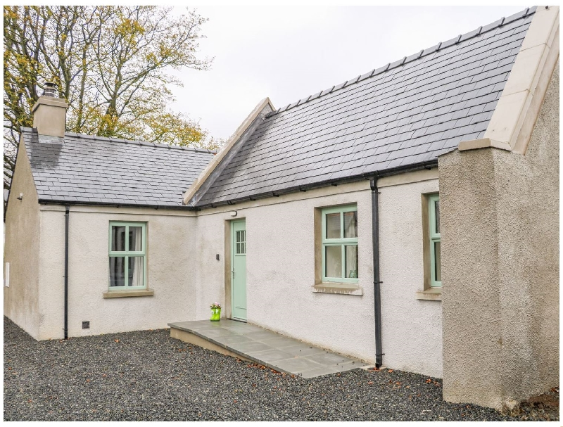 Short Break Holidays - Minnie's Cottage- Killeavy