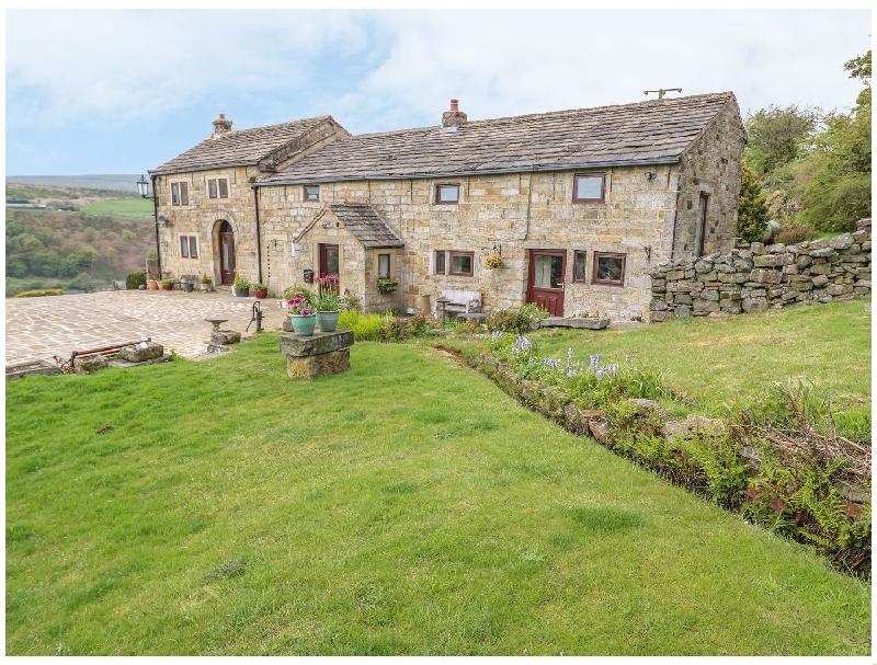 Short Break Holidays - Waterstalls Farm Cottage