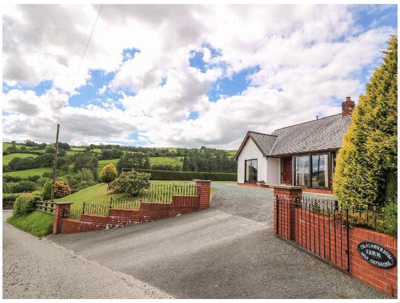Short Break Holidays - Drainbyrion Farm House