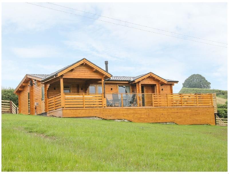 Short Break Holidays - Manor Farm Lodges - Dragon Lodge