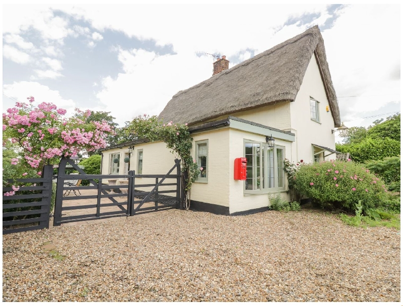 Short Break Holidays - Waveney Cottage