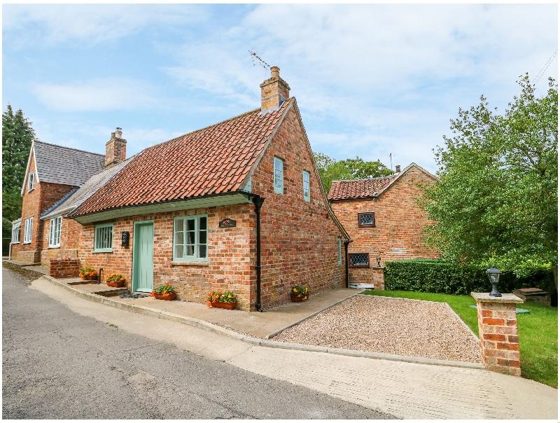 Short Break Holidays - Lizzies Cottage