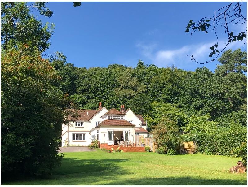 Short Break Holidays - Woodhill Cottage