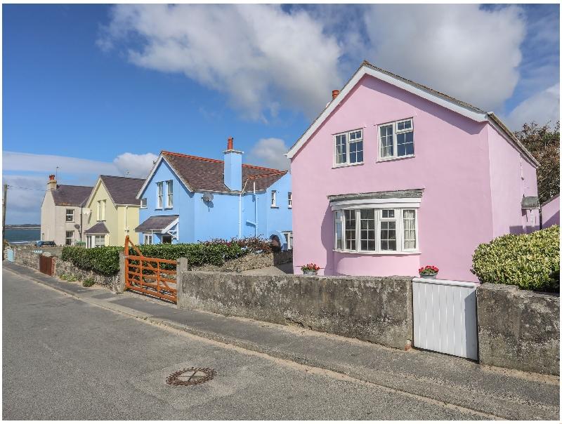 Short Break Holidays - The Pink House