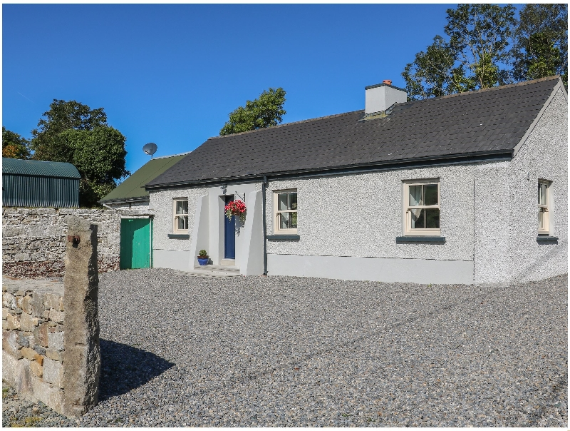 Short Break Holidays - Macreddin Rock Holiday Cottage