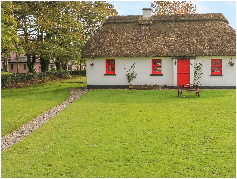 Short Break Holidays - No. 9 Tipperary Thatched Cottages