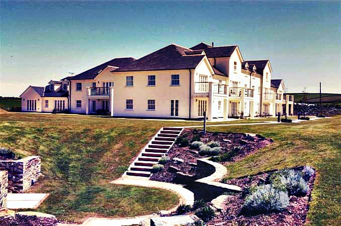 1 Thurlestone Beach Apartments