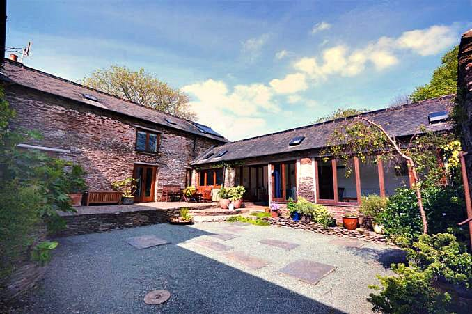Short Break Holidays - Byre (Slapton)